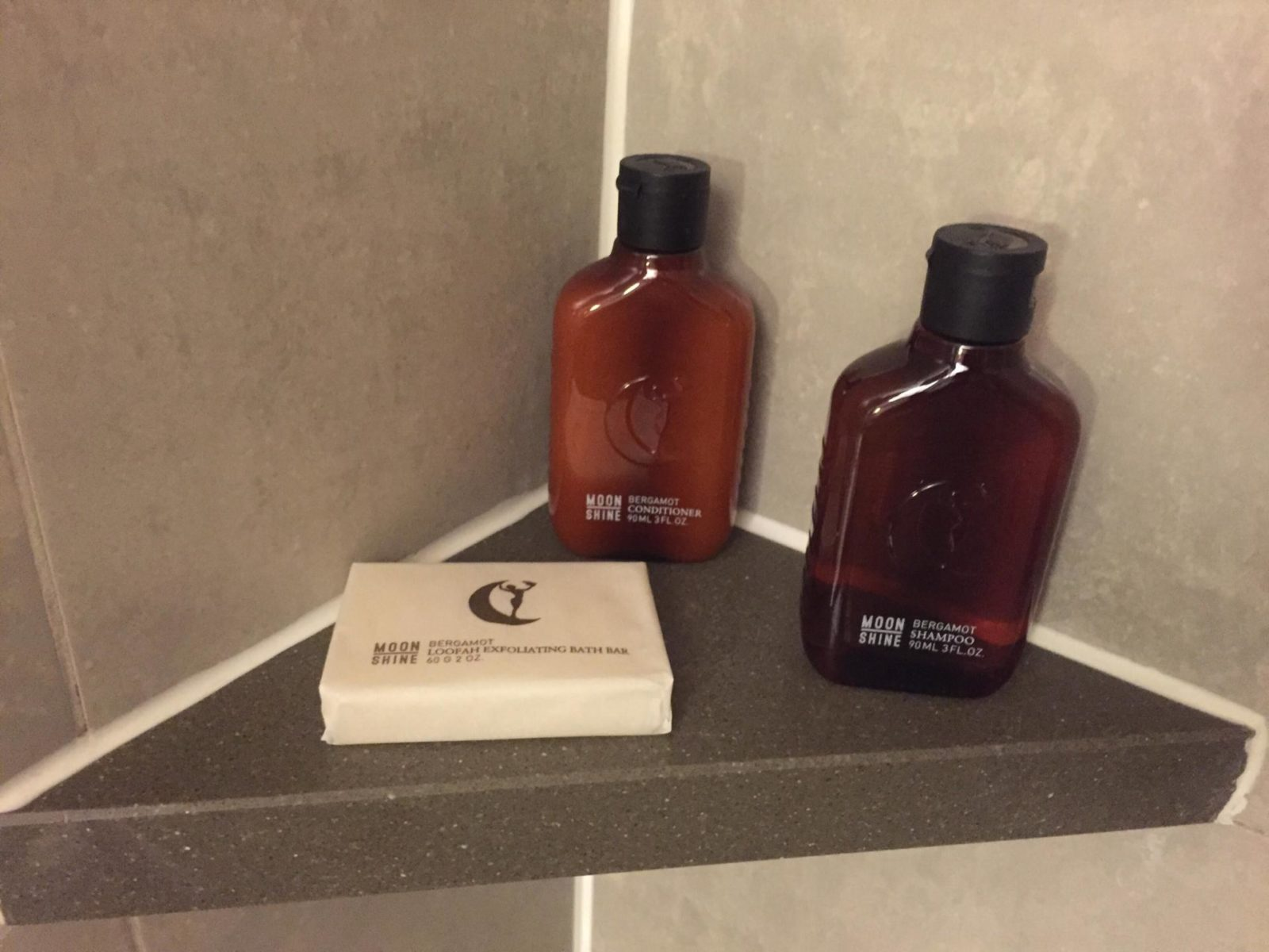 Moonshine-Toiletries