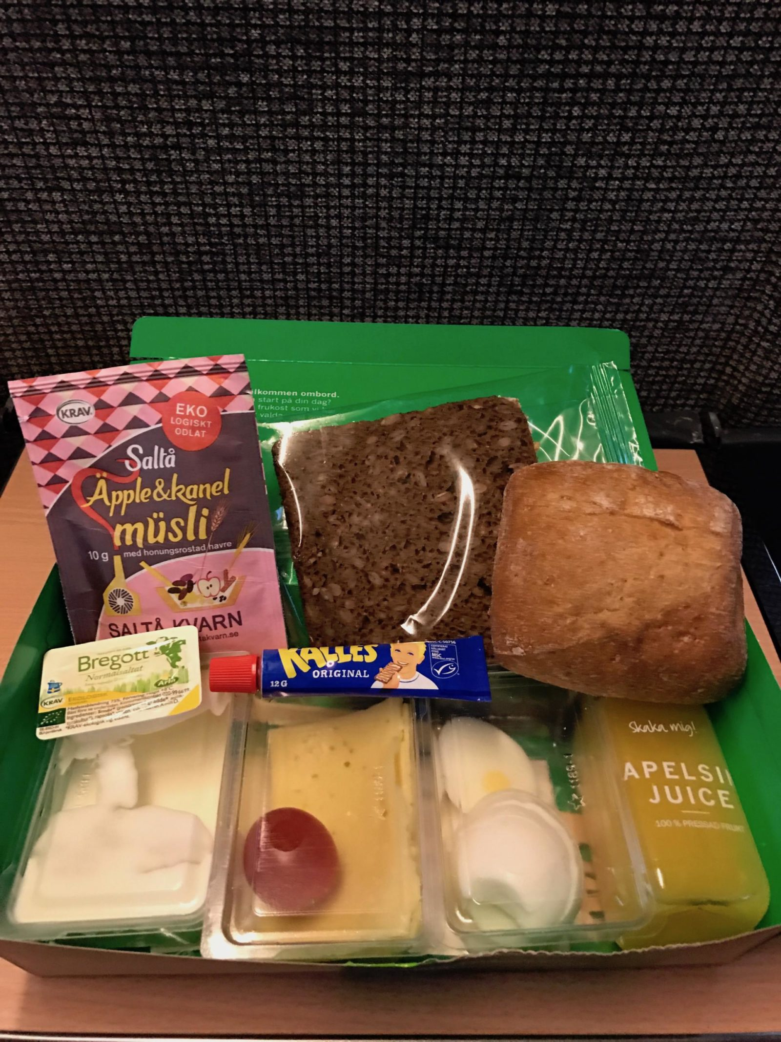 First class train meal
