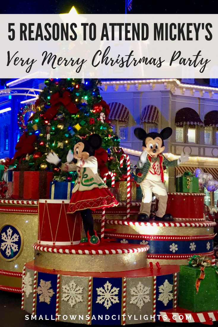 5 reasons to attend Mickey's Very Merry Christmas Party